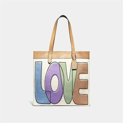 Fashion 4 Coach Tote 38 With Love Print
