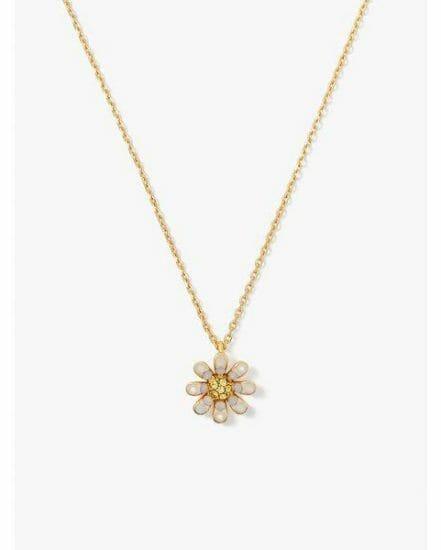 Fashion 4 - dazzling daisy pendant